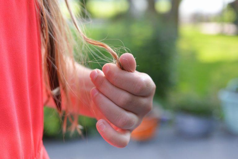 causas da queda de cabelo